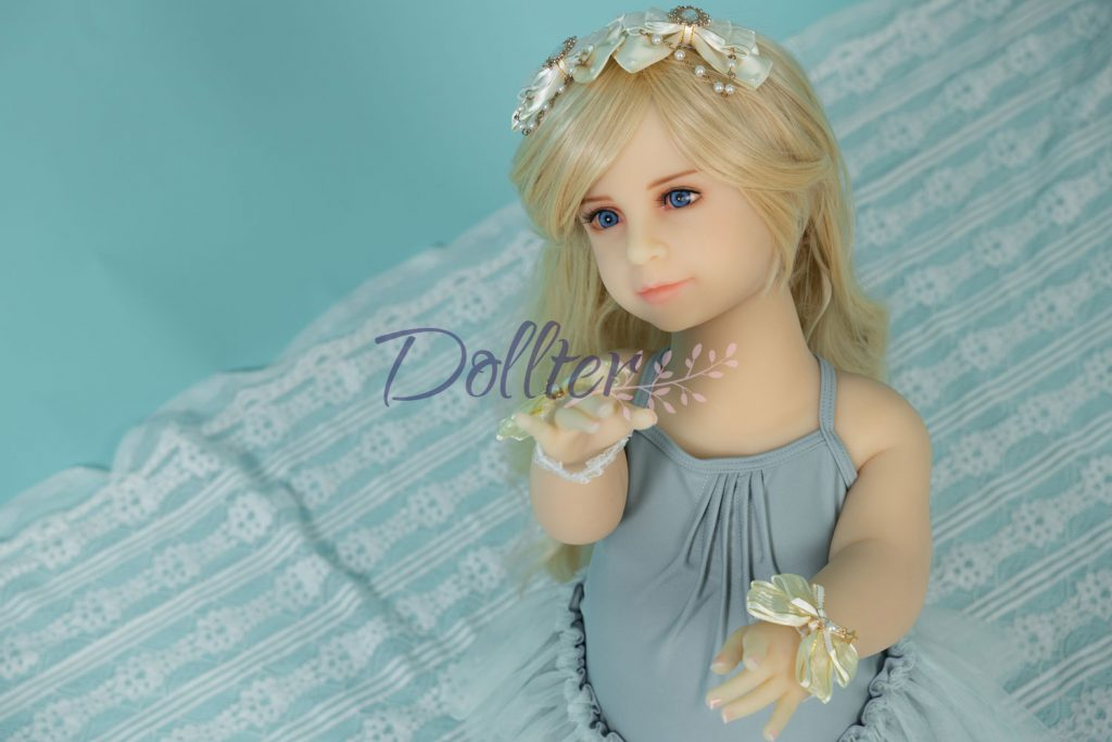 dollter-chubby-blonde (2)