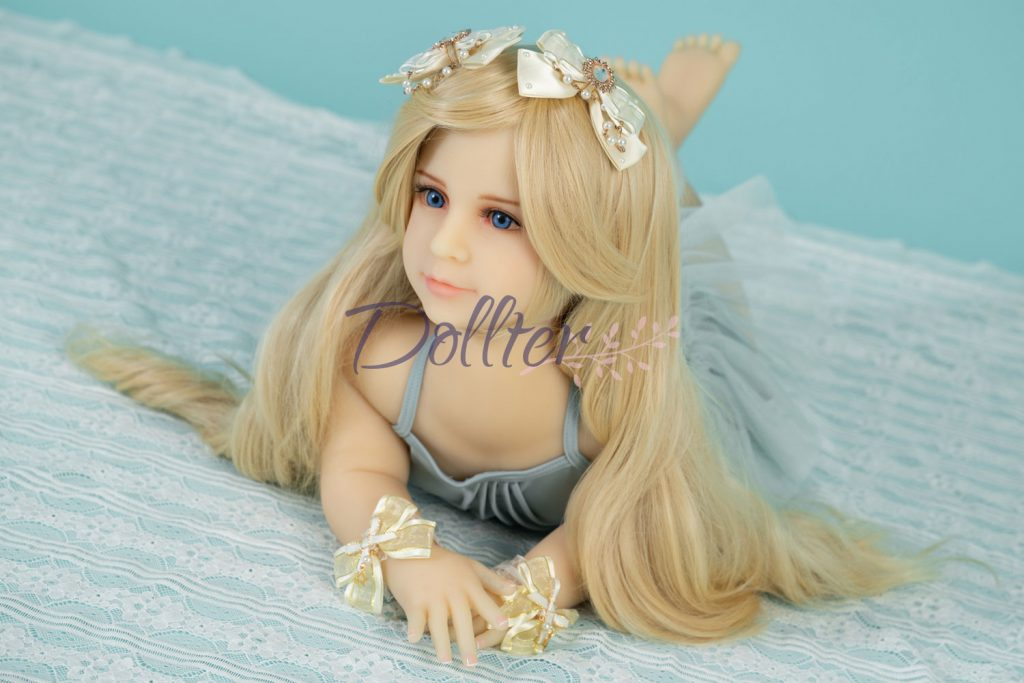dollter-chubby-blonde (4)