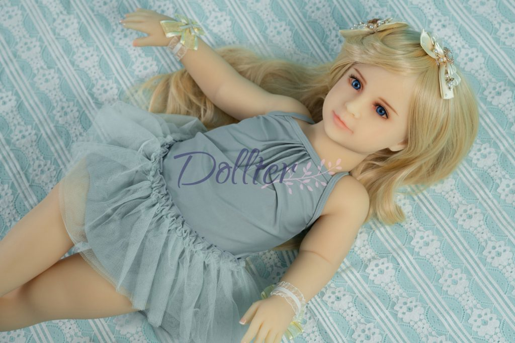 dollter-chubby-blonde (7)